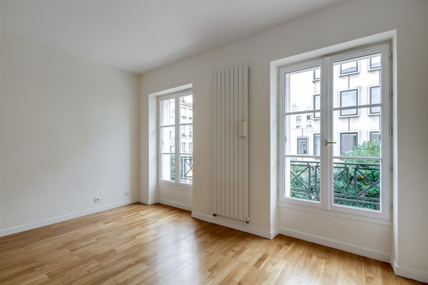Unfurnished Handicap Accessible Apartment For Long Term Rental Near Invalides Paris 7th