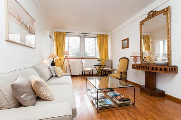 Charming 2 Room 1 Bedroom Apartment 42m2 Located In Pariss 16th