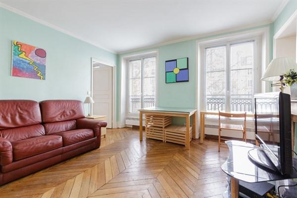 Superbe appartement de 3 pi ces pour 5 personnes vavin paris 14 me arrondissement le - Location meublee temporaire paris ...