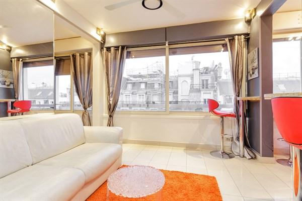 Splendide appartement de 2 pi ces pour 2 ou 4 dans le triangle d 39 or paris 8 me ponthieu l - Location meublee temporaire paris ...