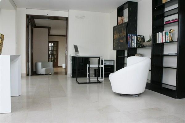 Superbe appartement louer en courte dur e paris 6 me bb flat l 39 agence de paris - Agence location meublee paris ...
