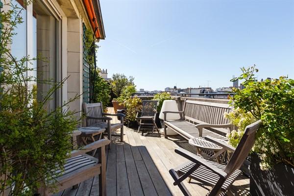 Location appartement luxe paris courte dur e for Appart hotel paris location au mois