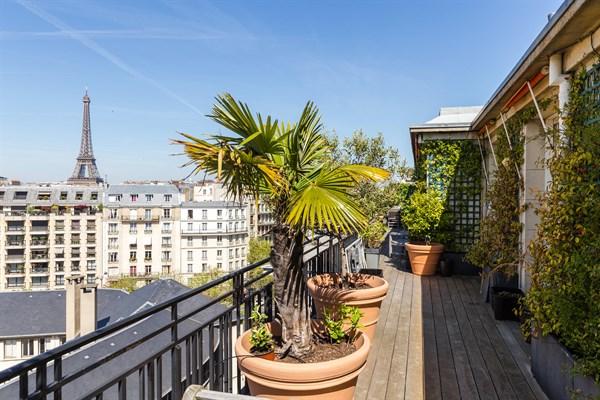 Appartement de luxe de 3 chambres et immense terrasse vue panoramique paris 7 me le carr - Location meublee amortissement du bien ...