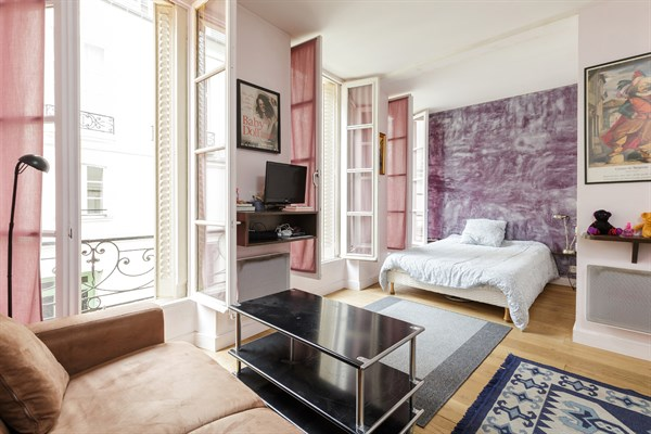 appartement location courte dur e paris porte de versailles montbrun l 39 agence de paris. Black Bedroom Furniture Sets. Home Design Ideas