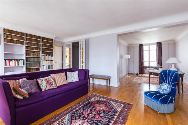grand appartement de 3 pi ces de 74 m2 pour location annuelle i na paris 16 me l beck l. Black Bedroom Furniture Sets. Home Design Ideas