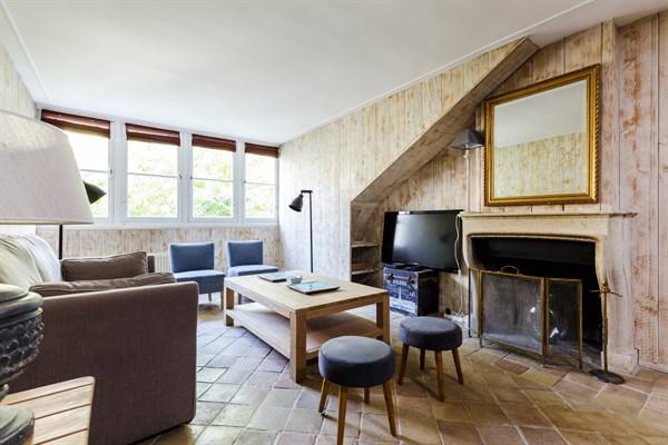 Appartement familial de standing avec 2 chambres pour 5 saint placide paris 6 me le m dicis - Agence location meublee paris ...