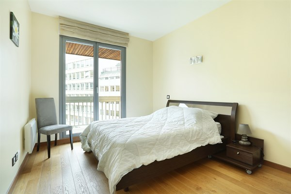 Magnifique appartement de 3 chambres avec balcon filant for Chambre au mois paris