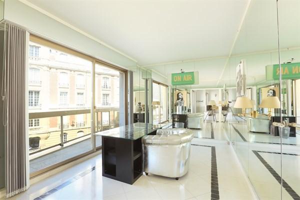 Appartement de luxe avec balcon et 3 chambres double à trocadéro