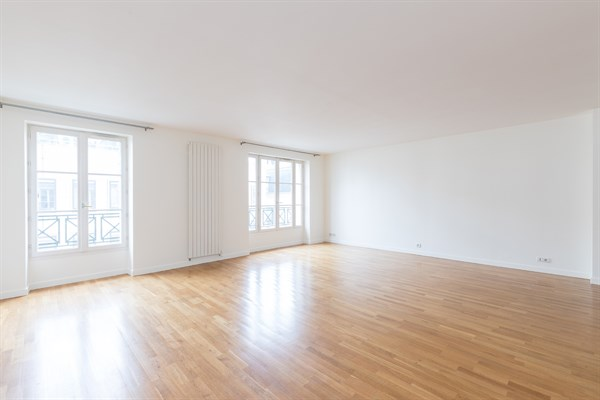 Superbe appartement louer en courte dur e paris 6 me for Agence de location appartement
