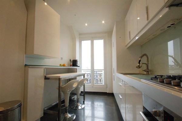 Appartement de prestige avec 3 chambres rue du cherche midi paris 15 me le dolce vita l - Location paris 3 chambres ...