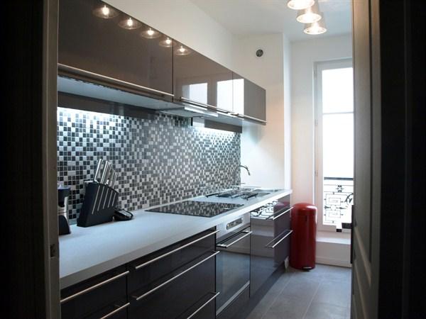 luxueux appartement de 3 pi ces proche de l 39 etoile situ avenue de wagram paris 17e le wagram. Black Bedroom Furniture Sets. Home Design Ideas