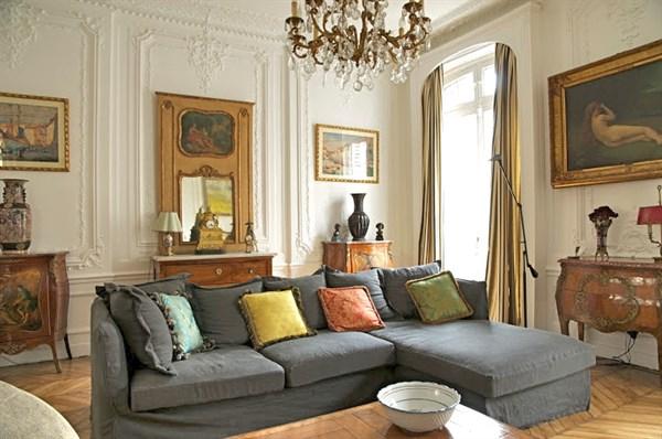 Superbe appartement de 80 m2 situ sur le c l bre for Case di pregio a milano