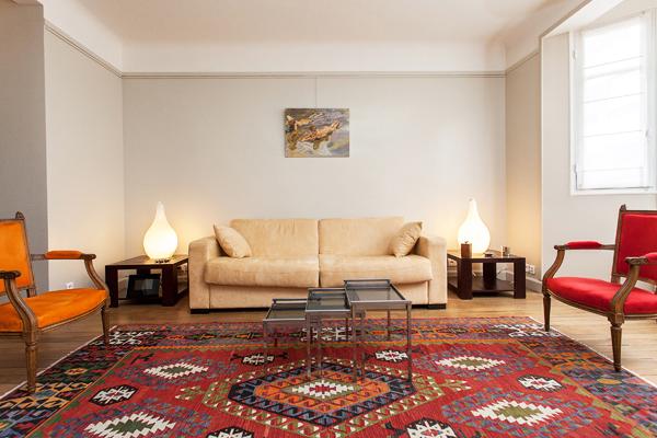 Splendide appartement de 2 pi ces la motte picquet dans - Louer son appartement meuble a la semaine ...