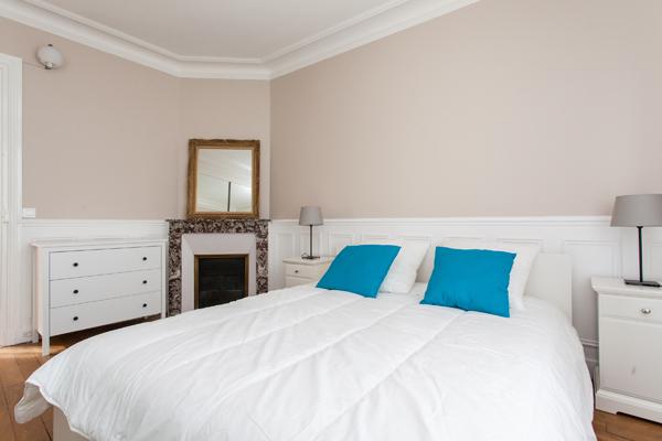 appartement familial pour 6 avec 2 chambres sur l 39 avenue de versailles paris 16 me les. Black Bedroom Furniture Sets. Home Design Ideas