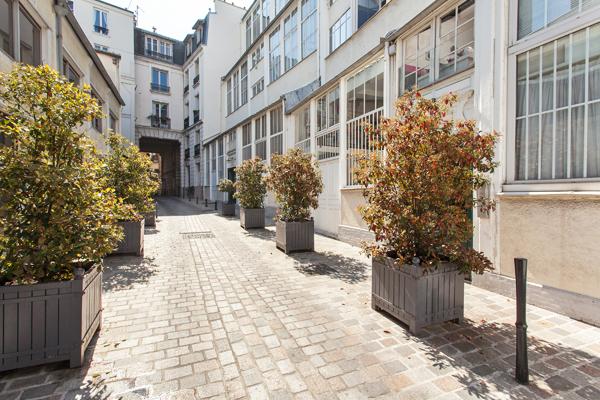 Magnifique atelier d 39 artiste de 115 m2 la d coration raffin e pour 2 p - Location atelier d artiste paris ...