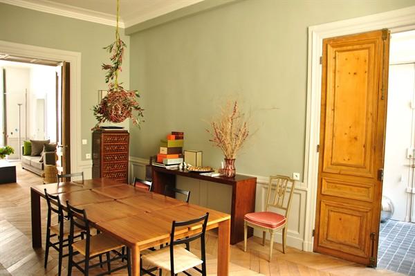 Appartement de luxe louer palais royal palais royal for Louer meuble paris