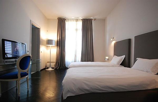 appartement de luxe louer en courte dur e dans le 16 me mus e baccarat l 39 agence de paris. Black Bedroom Furniture Sets. Home Design Ideas