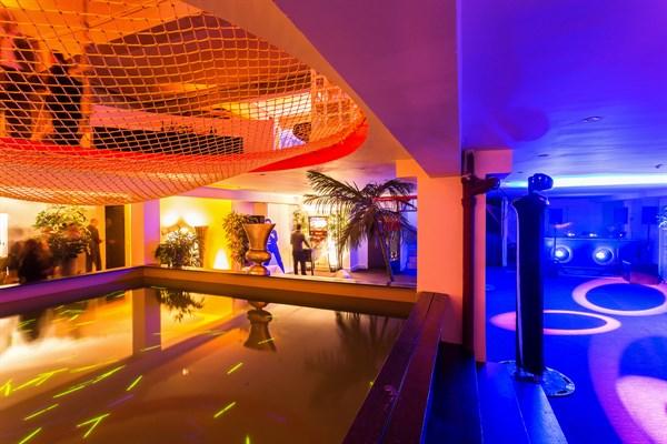 Un loft de 1000 m2 en plein coeur de paris ps one l 39 agence de paris - Loft a louer pour soiree ...