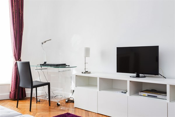 appartement de prestige de 4 pi ces avec 2 chambres doubles invalides paris 7 me le g n ral. Black Bedroom Furniture Sets. Home Design Ideas