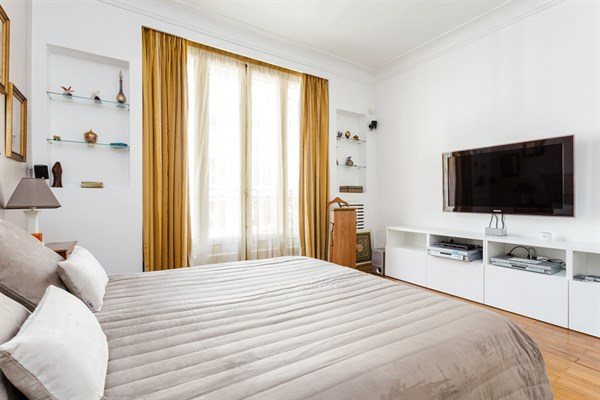 Appartement de prestige de 4 pi ces avec 2 chambres for Chambre au mois paris