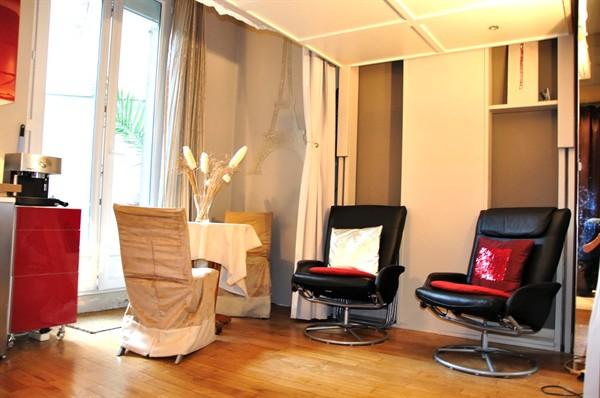 vente d 39 un studio de 16 m2 avec terrasse la motte picquet grenelle paris 15 me studio. Black Bedroom Furniture Sets. Home Design Ideas