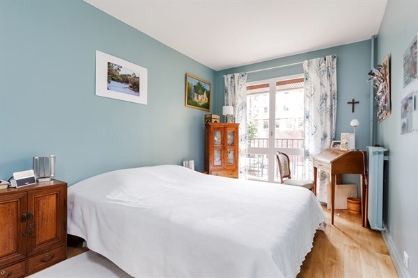 Appartement de standing 3 chambres avec terrasse louer - Paris location meublee courte duree ...