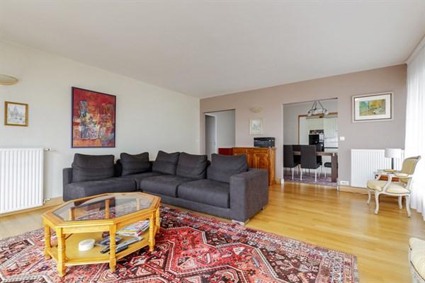 Superbe loft d 39 artiste louer meubl dans le 7 me l 39 atelier l 39 agence de paris - Location appartement paris 4 chambres ...