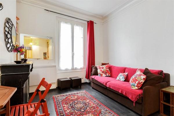immobilier de prestige l 39 agence de paris l 39 agence de paris. Black Bedroom Furniture Sets. Home Design Ideas