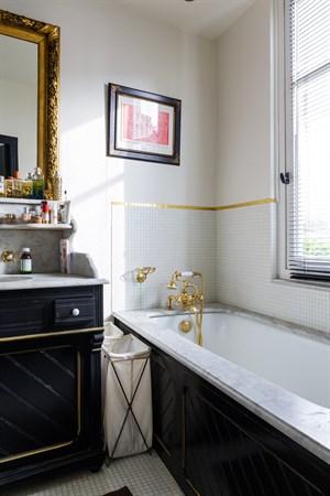 loft de prestige de 3 chambres louer la semaine dans le triangle d 39 or paris 16 me l. Black Bedroom Furniture Sets. Home Design Ideas