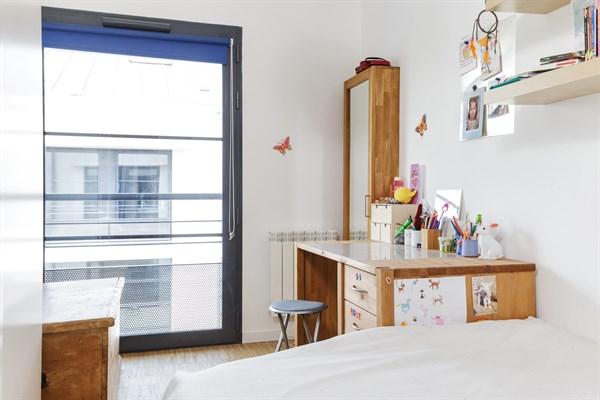 Maison de ville design avec 2 chambres louer en courte - Paris location meublee courte duree ...