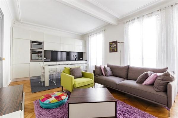 F4 familial de 3 chambres louer l 39 ann e meubl vaugirard paris 15 me vaugirard l - Appartement meuble a louer paris ...