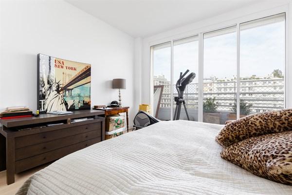 Magnifico appartamento su due piani con 4 stanze da letto for Piani di progettazione di 2 camere da letto