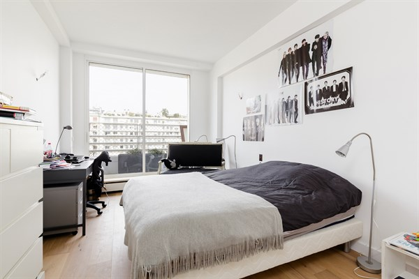 Magnifico appartamento su due piani con 4 stanze da letto for Moderni piani di due camere da letto