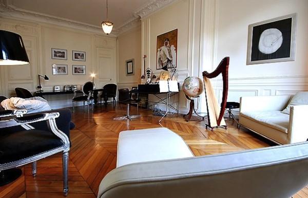 Elegante appartamento in affitto accanto l 39 opera garnier for Capanna con 4 camere da letto