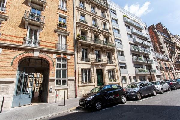Appartamento d 39 artista nel cuore del 7 distretto di for Quartiere moderno parigi